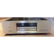 Accuphase DP75
